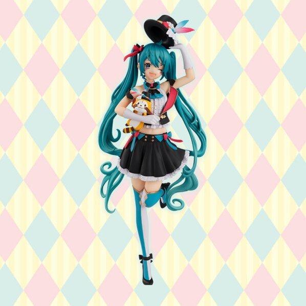 hatsune-miku-rascal-collab-special-figure (1)